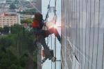 Промышленный альпинизм: среди стекла, бетона и стали